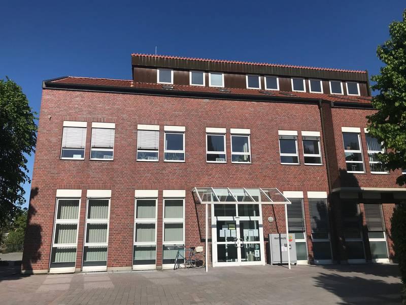 Außenansicht des Rathauses in Ascheberg