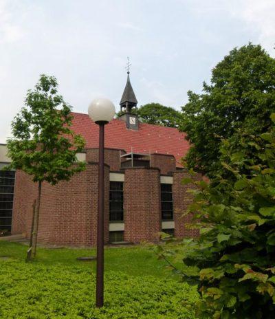Ansicht der katholischen Kirche St. Anna von außen