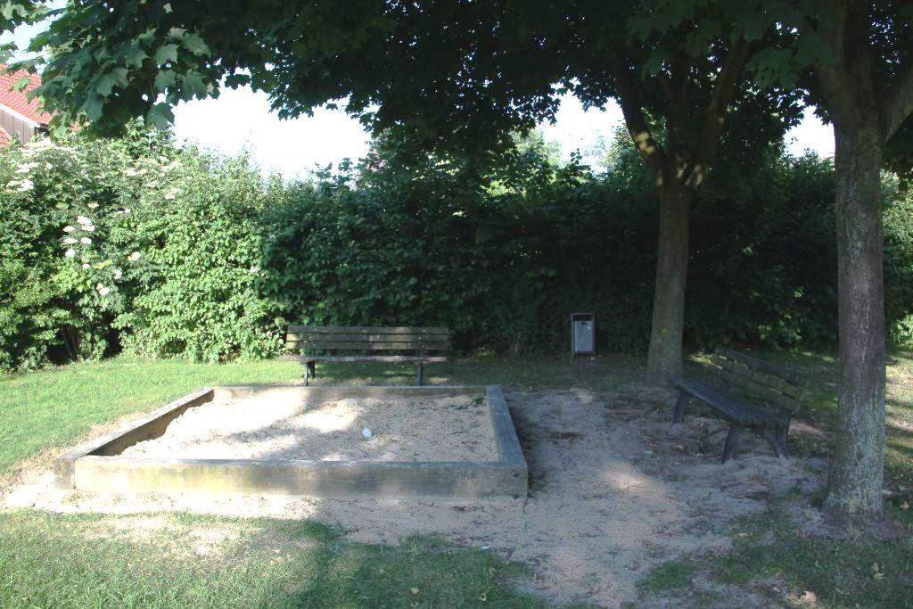 Ansicht Sandkasten Spielplatz Frenkings Weide