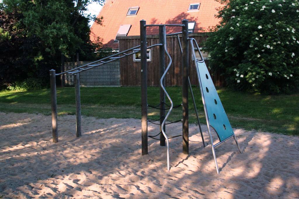 Ansicht Klettergerüst Spielplatz Schlingermanns Hof
