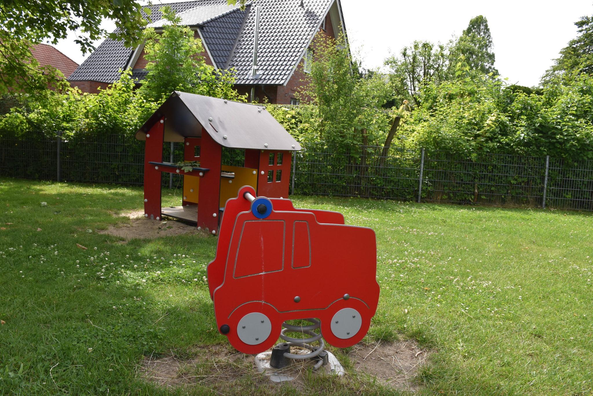 Übersicht Wippgeräte Spielplatz Auf der Rulle